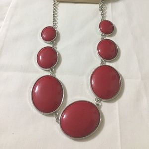NEW SONOMA LIFESTYLE PRETTY RED NECKLACE